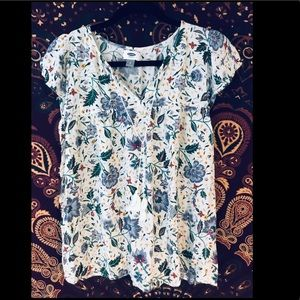 Old Navy Flirty Floral Blouse